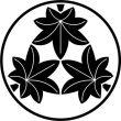 糸輪に三つ楓